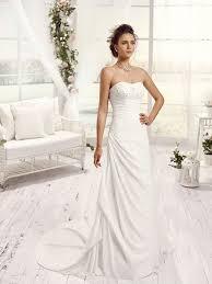 robe mã re mariã e pronuptia the 25 best robe de mariée trapèze ideas on
