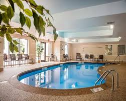 Pool And Patio Coventry Ri Comfort Suites West Warwick Providence Hotel In West Warwick Ri