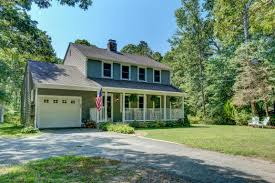 Colonial House With Farmers Porch Cape Cod Real Estate U0026 Vacation Rentals Foran Realty Cape Cod Ma