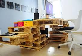 bureau palette bois bureau palette excellent table en palette with bureau palette