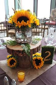 sunflower centerpieces 70 sunflower wedding ideas and wedding invitations deer pearl