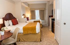 hotels on universal blvd the point hotel and suites orlando fl the point resort orlando the point