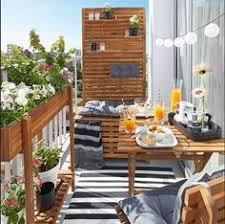 bank fã r balkon balkon mit sichtschutz aus holz und bambus gestalten komode
