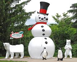 Commercial Outdoor Christmas Decorations Canada by We Specialize In Creating Winter Wonderlands Home