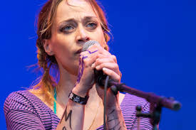 Tiny Women U0027s March Fiona Apple Writes Anthem About Trump U0027s Tiny Hands