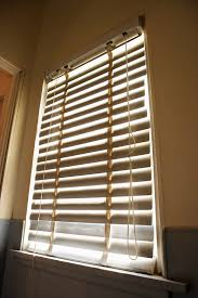 Vertical String Blinds How To Close The Blinds With String Hunker