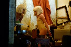 chandelier live will maddie ziegler join sia on u0027snl u0027 these 2 need to reunite asap