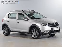 renault sandero stepway 2013 used dacia sandero stepway silver for sale motors co uk