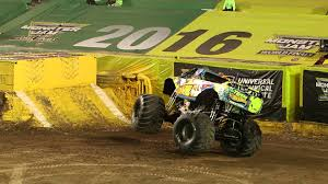 monster truck racing youtube monster jam world finals xvii freestyle highlights youtube