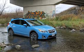 blue subaru 2017 comparison subaru crosstrek 2 0i pzev 2017 vs subaru outback