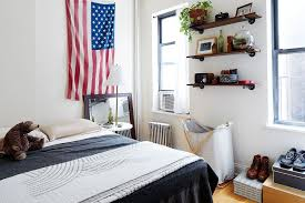 How To Make A Small Bedroom Feel Bigger by 10 Ways To Make A Tiny Apartment Feel Bigger U0026 Cozier