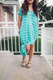 4 ways to style a striped maxi dress sandyalamode