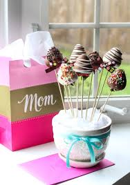chocolate covered strawberry bouquets easy chocolate covered strawberry bouquet a brighter