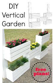 Standing Planter Box Plans by Best 25 Vertical Planter Ideas On Pinterest Succulent Wall