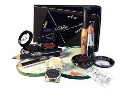 amazon com best 9 piece makeup kit by celebrity makeup artist