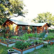 City Backyard Starting A Garden In The City 10 Things To Consider Ugr