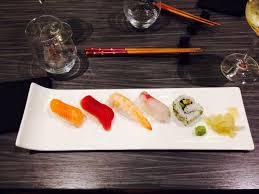 cuisine du soir sushis et maki dans le menu du soir picture of maruya dining