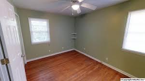 Laminate Flooring Huntsville Al 3212 Greenhill Drive Nw Huntsville Davis Hills 1081233