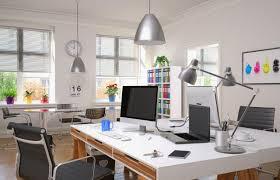 travail dans un bureau bureaux comment créer un environnement de travail idéal pour vos
