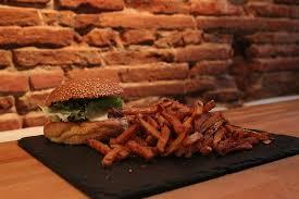 atelier cuisine toulouse l atelier du burger toulouse 9 rue gambetta restaurant