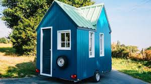 Micro Cabin The Cahute Micro Cabin So Beautiful Amazing Beautiful Tiny House