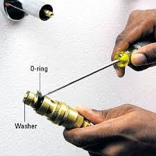 Leaky Tub Faucet Single Handle Leaky Bathtub Faucet Repair Single Handle Delta Repairing A Leaky