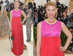 Claire Danes Meme - claire danes in marni 2018 met gala red carpet fashion awards