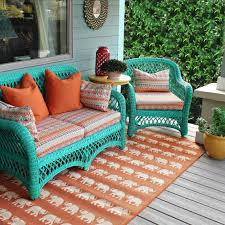 Patio Chairs Without Cushions by No Sew Patio Cushions And Pillows How To Make A Pillow Cushion