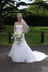 preowned wedding dresses uk buy used wedding dresses second wedding dresses through