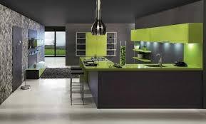 cuisine mur vert pomme cuisine verte idées pour un décor moderne et rafraîchissant