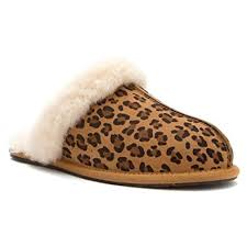 ugg slippers sale scuffette amazon com ugg australia womens scuffette ii leopard slipper