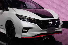 minivan nissan nissan leaf nismo concept brings all the fun none of the
