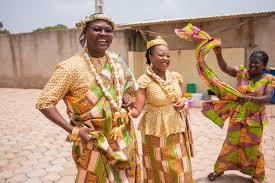 mariage traditionnel décoration à l ivoirienne pour un mariage coutumier yefien