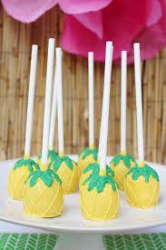 best 25 hawaiian cakes ideas on pinterest hawaiian theme cakes