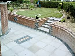 Garden Slabs Ideas Slabs With Steps To Lawn Courtyards Pinterest Lawn Gardens