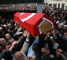 bid farewell thousands bid farewell to turkish killed in somalia