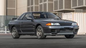 custom nissan skyline r32 stock 1989 nissan skyline gt r r32 is heading to auction
