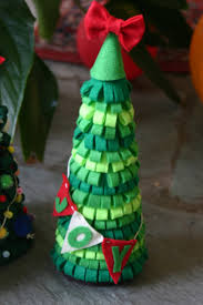 felt christmas trees design dazzle