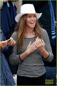 chelsea clinton engagement ring hilary swank goes without engagement ring at french open photo