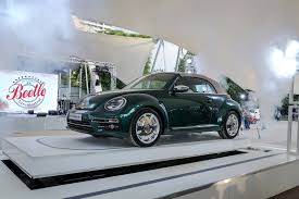 new volkswagen beetle 2016 the new volkswagen beetle premiere at the beetle sunshinetour