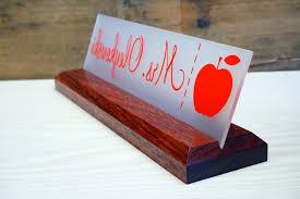 Wooden Desk Name Plates Best Desk Desk Name Plaque In Leading Acrylic Teacher Desk Name