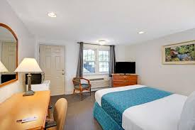 Comfort Inn Danvers Mass Knight U0027s Inn Boston Danvers Ma Booking Com