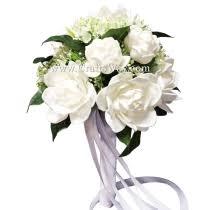 white gardenia bouquet