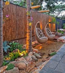 Backyard Fences Ideas by Best 25 Bamboo Fencing Ideas On Pinterest Terrace Tuin And