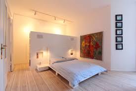 Renovierung Vom Schlafzimmer Ideen Tipps Wie Dunkle Räume Heller Wirken 7 Tipps Dunkle Räume Wirken