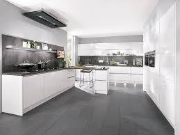 k che wei hochglanz linie küche weiß hochglanz in wohnland breitwieser 5 amocasio