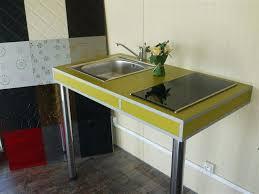 plan de travail sur pied cuisine plan de travail cuisine sur pied plan de travail avec pied cuisine