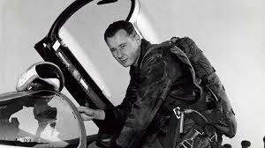Bob F by Bob Hoover Is One Of S Greatest Pilots Aero