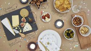 christmas table how to lay a christmas table on a budget christmas ideas