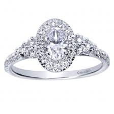 oval shaped engagement rings oval shaped halo engagement rings at id jewelry in manhattan